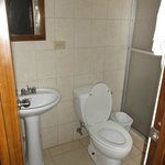 Salle de bain de la chambre 220 - 21 janvier 2013.