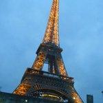 immancabile tour Eiffel