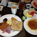 Breakfast at the Hilton Glasgow