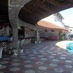 Bar&Pool area