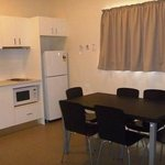 Kitchen - Grevillea Cabin