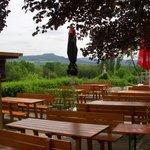 Hier unser Biergarten mit Blick auf den Staffelberg