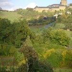 Blick aus dem Biergarten nach Kloster Banz