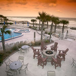Patio Area at Courtyard by Marriott Jacksonville Beach Oceanfront
