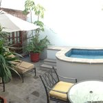 private courtyard patio, plunge pool