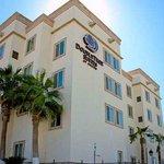 Photo de DoubleTree Suites by Hilton Hotel Saltillo