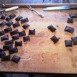 Ravioli al cacao con ricotta e scorza di arancia