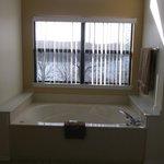 jacuzzi tub and bathroom view