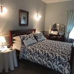 Deluxe Blue Room
