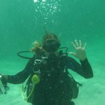 This is the lovely 'UnderwaterPaparazzi' Orelie Favre