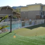 Poolarea and minigolf