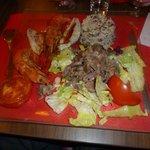 Salade de gésiers et duo de rougets et gambas