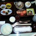 和定食のルームサービス