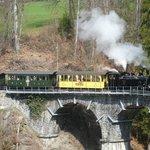 Train sur le viaduc