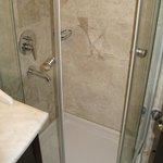 doccia camera deluxe doppia 401
