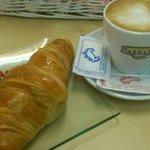 Desayuno con Croissant París
