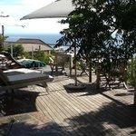 Relaxen am Pool mit Blick auf den Atlantik und Camps Bay