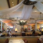 rest assured that the food and service are as good as the decor looks in the picture ��