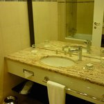 Grand Hotel Bohemia - Banheiro moderno
