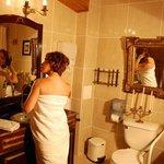 BañoBaño habitación 3 Merlot de nuestro Hotel Boutique Vendimia Premium