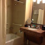 bath - combo tub