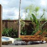 Jardin et piscine privés du Pavillon
