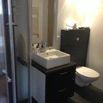 Aparment bathroom