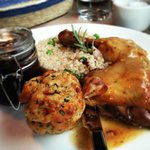 Bio chicken with rice and compote, like from granny