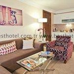 Executive Apart Livingroom