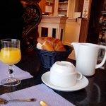 """Le """"copieux"""" petit déjeuner ou l'art de se foutre du monde"""
