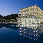 韋西利亞烏納酒店