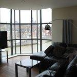 15 Merchant Exchange, Riverside Apartment - Lounge area & river view