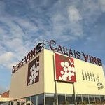 Wine, champagne, beer, spirits and much more to discover at Calais Vins