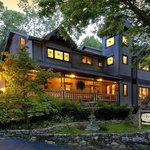 The Inn at Rose Hall, a luxurious Bed & Breakfast in Eureka Springs, Arkansas
