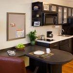 Candlewood Suites Cleveland, Ohio Kitchen Photo
