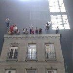 """instalación """"Edificio"""", del artista argentino Leandro Erlich"""