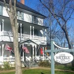Waverly Inn front of house