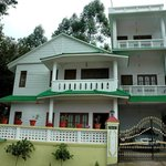 govt approved gold class munnar homestay