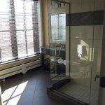 Capone Suite bathroom