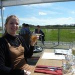 Déjeuner en terrasse à la brasserie du lac