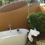 The outdoor tub.  Not so private, the walls are way too short