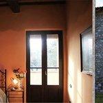 Camera con balcone e vista