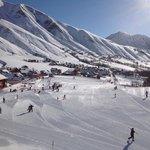 vue du balcon, départ ecole de ski.