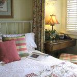 Lodge Room 8
