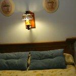 habitación con cama de matrimonio vistas