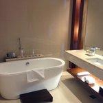 Large bathtub and plenty of space
