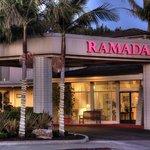 Ramada Santa Barbara entrance