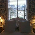 'good' room