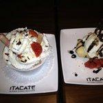 dessert celui de droite avec le coulis (burrito?) yé malade !!!! c le must
