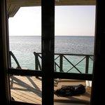 Aussicht von der Wasservilla aufs Meer